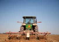 tractor_06.jpg